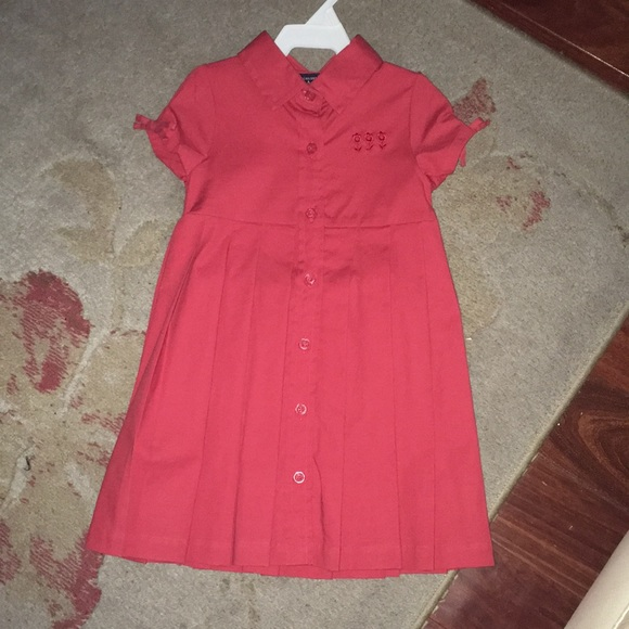 NWOT TCP PLEATED DRESS 12 MOS WITH SUN HAT